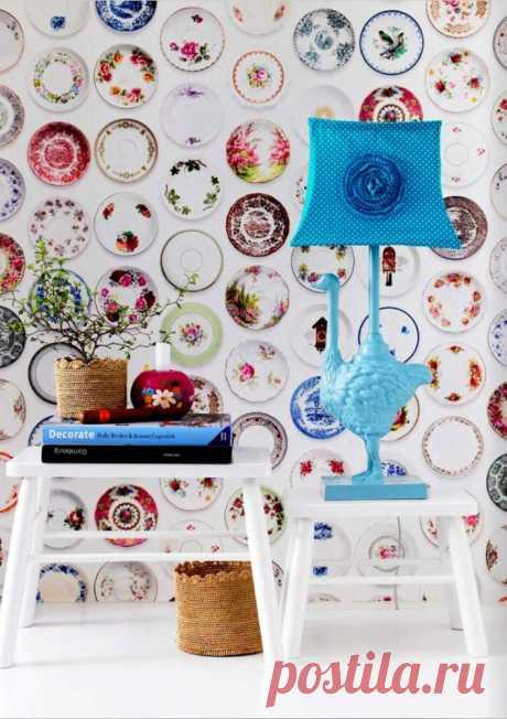 Как украшать стены тарелками: 25 модных примеров — Roomble.com