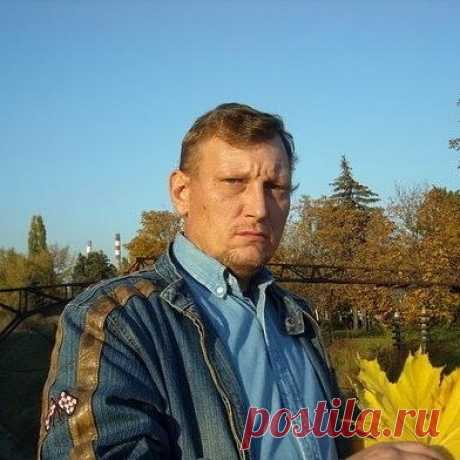 Борис Угаров