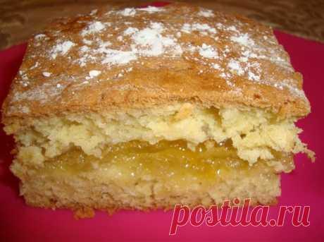 Лимонный пирог Лимонный пирог Рецепт лимонного пирога очень прост и приготовить его в домашних...