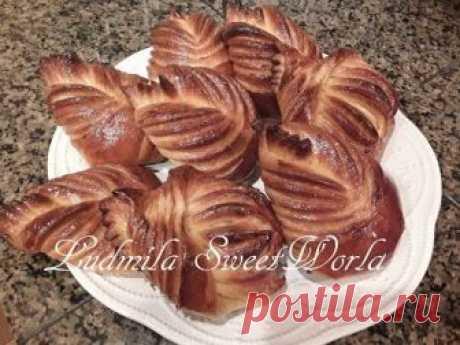 Фантастически вкусные и сладкие булочки - бриоши, которые приготовлены дома, на домашней кухне, из мягкого как пух дрожжевого теста, всегда будут в большом п...