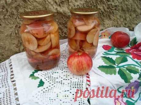 Яблоки в сиропе на зиму - 8 лучших рецептов (дольками, целиком)