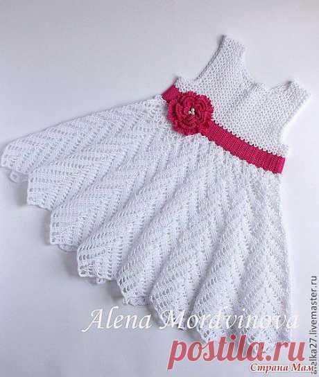 БЕЛОЕ ЧУДО Вязаное платье для девочки.