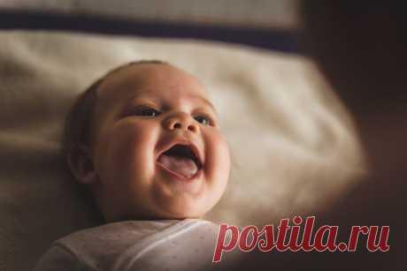 Что на самом деле означает детский смех? Психолог раскрывает секреты самого радостного звука в мире | Клуб Анонимных Мам | Яндекс Дзен