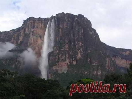 Венесуэла .Водопад Анхель—самый высокий источник самой загадочной горы .