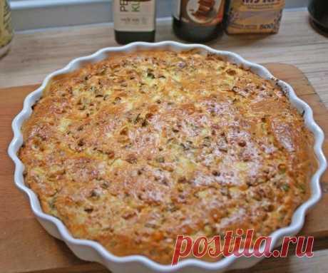 Как приготовить очень простой заливной пирог для любой несладкой начинки - рецепт, ингредиенты и фотографии