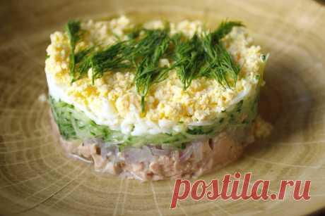 Легкий салат из печени трески | Домашняя кухня | Яндекс Дзен