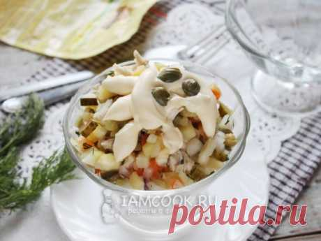 Оливье с жареной куриной грудкой — рецепт с фото на Русском, шаг за шагом. Еще один вариант всем известного салата. #салат #салатик #оливье #закуска #закусочка #новыйгод #новогоднееменю