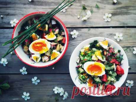 Салат с картофелем и деревенскими яйцами / Surfingbird знает всё, что ты любишь