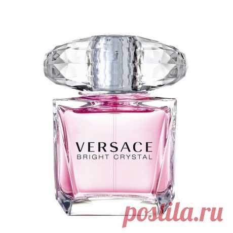 Женские духи Versace Bright Crystal купить онлайн на WellMax.eu Утонченный и невероятно нежный аромат Bright Crystal от известного итальянского бренда Versace ориентирован на молодых, романтичных и свободолюбивых женщин, которые высоко ценят собственную независимость и способны с легкостью очаровать любого мужчину.