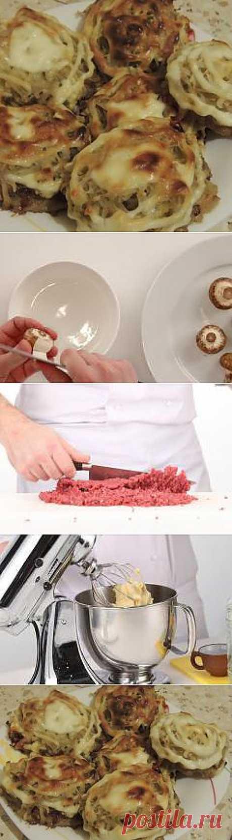 Стожки с фаршем, грибами и тертым картофелем рецепт – основные блюда. «Афиша-Еда»