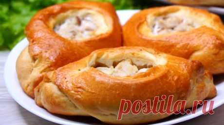 Быстрые пирожки-лодочки с рыбной начинкой: всегда удачное тесто