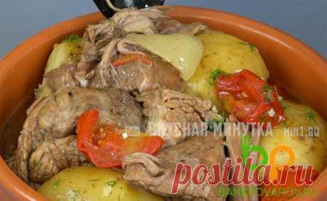 Томленое мясо с картофелем: