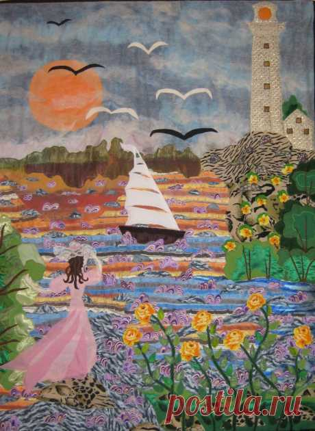 """Картина из лоскутков """"Девушка и море""""."""
