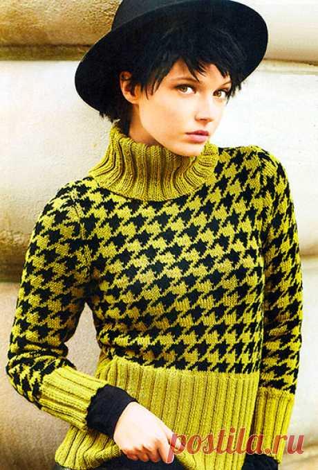 Пуловер с узором «Гусиная лапка»