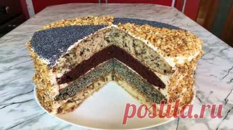 Классический королевский торт - Очень вкусно Однажды мне заказали именинный торт и я ничего лучшего кроме классического королевского торта не придумала — и не прогадала. Ведь пышные коржи, разнообразие вкусов, в сочетании с нежным сметанным кремом... Read more »