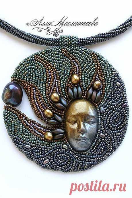 Богиня дня и ночи - маска,лицо,бронза,гематит,серый,патина,бисер,карнавал