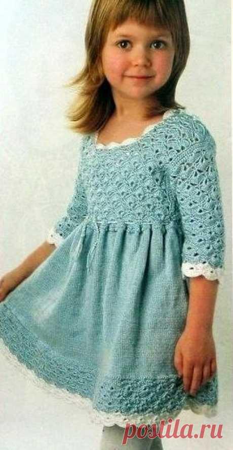 Платье для девочки спицами и крючком | Вязание для начинающих. Уроки вязания спицами и крючком