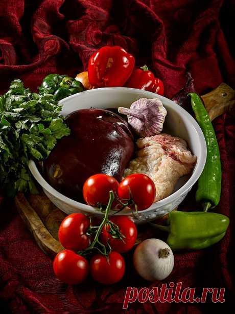 Баранья печень с овощами