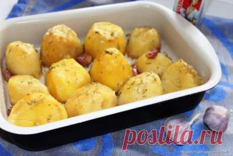 Запеченный картофель с чесноком по рецепту Джейми Оливера | Таки Вкусно
