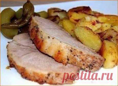 Буженина, запеченная в рукаве с деревенской картошечкой | Домашняя кулинария