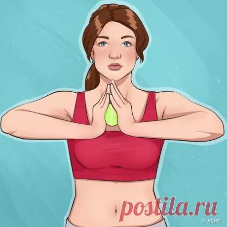 10 ejercicios simples para las manos hermosas y el pecho metido