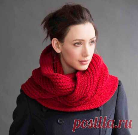 Snud spokes for women: schemes of knitting, novelty, patterns, sizes. How to connect a beautiful scarf snud a collar, a hood, a pipe, with braids, openwork spokes with the description?