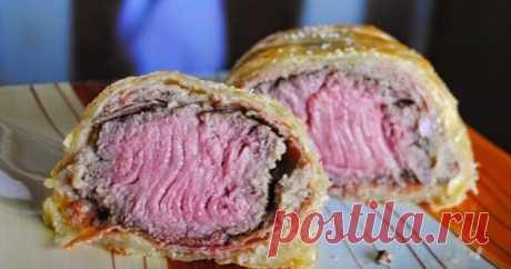 """Говядина """"Веллингтон""""   Говядина """"Веллингтон"""" (англ. """"beef Wellington"""") - это британское блюдо, вроде бы названное в честь герцога Веллингтона, известного полково..."""