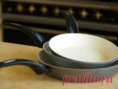 Как очистить керамическую сковороду