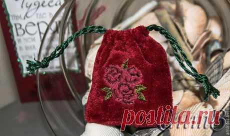 Купить подарочная упаковка с цветной вышивкой для бижутерии и мелочей - мешочек с вышивкой, сумочка ручной работы