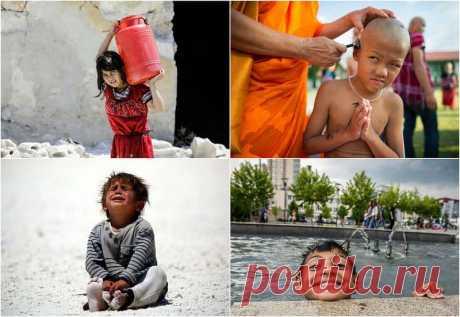Tal infancia diferente | el Diablo toma a todos los niños la infancia diferente: alguien vive en la limpieza y la abundancia, y alguien en la basura y el hambre. Y no todo depende solamente de los padres, el papel muy importante es jugado con el lugar y el país, en que tiene ocasión nacer al niño. Invito a mirar la elección de las fotografías con la infancia muy poco parecida en los países diferentes. La muchacha siria lleva el depósito grande con el agua en Aleppo el 5 de julio de 2017. La muchacha juega en los tugurios en Río de Janeiro, Brasil, el 8 de junio 2017. Siriysk...