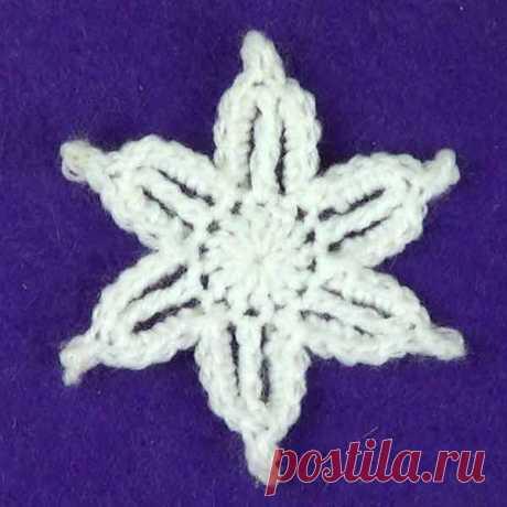 Снежинка с обвязанными лучиками