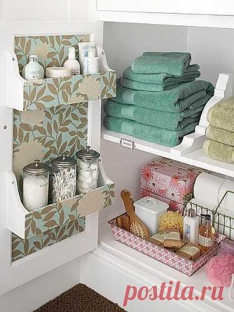 6 шагов к уютной ванной Для начала нужно выбрать единый стиль и цветовую гамму. Это можно быть морская тематика и сине-зеленые оттенки, может быть природная, с использованием натурального дерева и пастельных тонов, а так же любые ваши любимые цвета или их сочетания. Важно выбрать одну линию выбирать аксессуары в одной стилистике. Дизайн своими руками