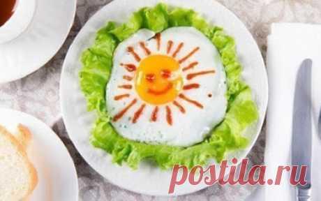 Подай яичницу на стол так, как никто не делал этого! 9 идей оформления блюда.