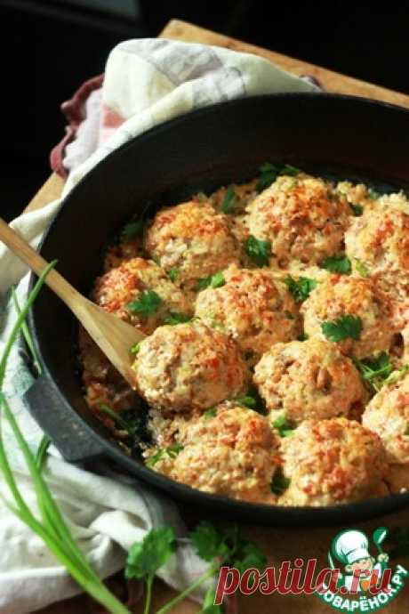 Мясные ежики в сметане с томатами - кулинарный рецепт