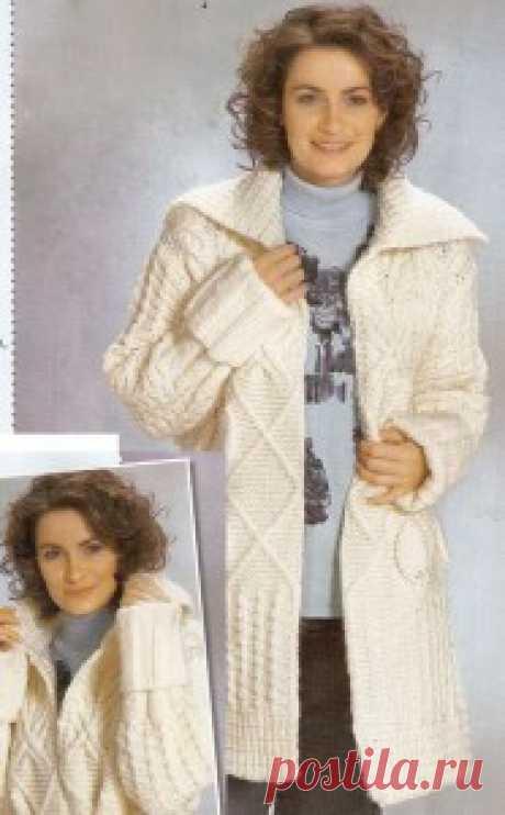 Белое пальто из разных узоров | Вязание спицами и крючком – Азбука вязания