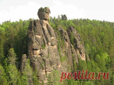 """Одним из самых главных  достопримечательностей Красноярска является известный всему миру заповедник """"Столбы""""."""