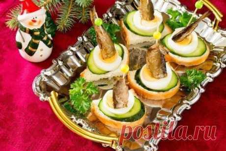 Канапе с огурцом и шпротами, рецепт — Вкусо.ру