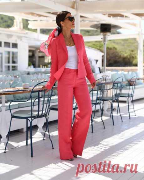 С чем носить брюки на исходе лета - 15 стильных и комфортных образов