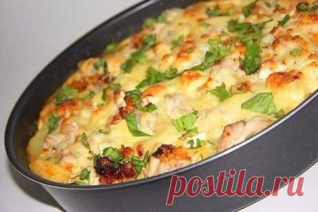 The most tasty baked pudding with vegetables and chicken for darlings!