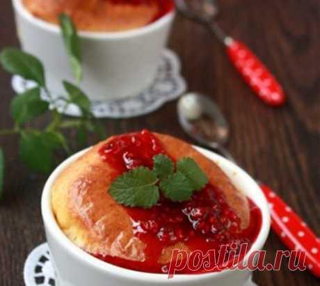 Суфле новогоднее из сыра с малиной / Простые рецепты
