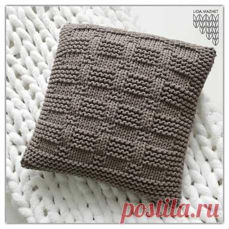 🔹Узор в копилочку 🔹⠀⠀ ⠀ Узор для подушки⠀ ⠀⠀ Фото подушки от  @lida.viazhet 💜⠀ ⠀ Схема узора из интернета⠀ ⠀⠀ Вяжите с удовольствием и ровных вам петелек 💜⠀⠀ ⠀ Трикотажная пряжа в мотках и роликах, принтованная пряжа, градиент, шнур от 2 до 5 мм ➡️ @eka_shop_yarn ⠀ ⠀ Доставка в любую точку 🌐⠀ ⠀ 🔹 Piggy bank fraud 🔹⠀⠀ ⠀ Pillow pattern ⠀⠀ ⠀ Photo pillows by @ lida.viazhet 💜 Internet pattern design ⠀ ⠀ ⠀ Knit with pleasure and even loops 💜⠀ ⠀ ⠀ Knitted yarn in skeins...