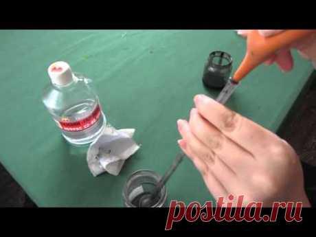 Как промыть трубочку с резервом для холодного батика