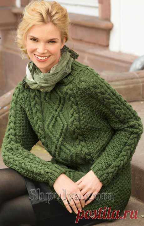 Зеленый пуловер с арановым узором спицами - SHPULYA.com
