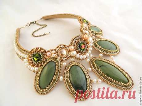 THE JEWELRY EMBROIDERED WITH BEADS FROM EKATERINA THE GERMAN
