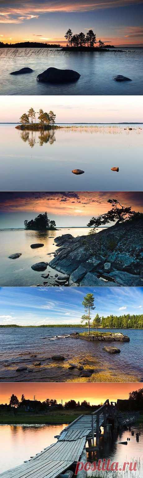 Энгозеро — озеро в Лоухском районе Карелии. Это одно из самых больших пресноводных озер республики. Общая площадь водяной поверхности составляет 122 квадратных километров, максимальная глубина — 18 метров. Береговая линия очень сильно изрезана. В центральной части озера имеется большое открытое пространство, лишённое островов, называемое Блюдце.  Озеро покрыто сетью небольших островов (всего 144), общая площадь которых составляет 14 км².