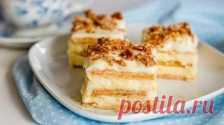 Творожный тортик из печенья без выпечки