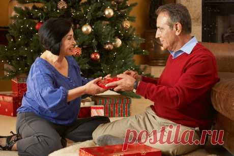 Что подарить маме и папе на Новый год Крысы 2020: идеи подарков