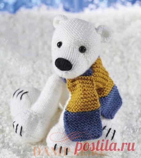 Вязаная игрушка «Полярный медведь»