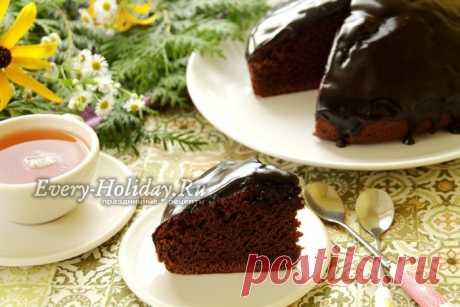 """Удивительный богато-шоколадный, роскошный торт """"Пища дьявола"""""""