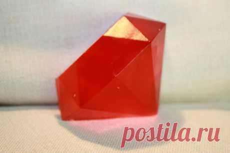 Название:  Мыло ручной работы «Красный алмаз»  Материалы:  миндальное масло;   эфирные масла: мандарин;